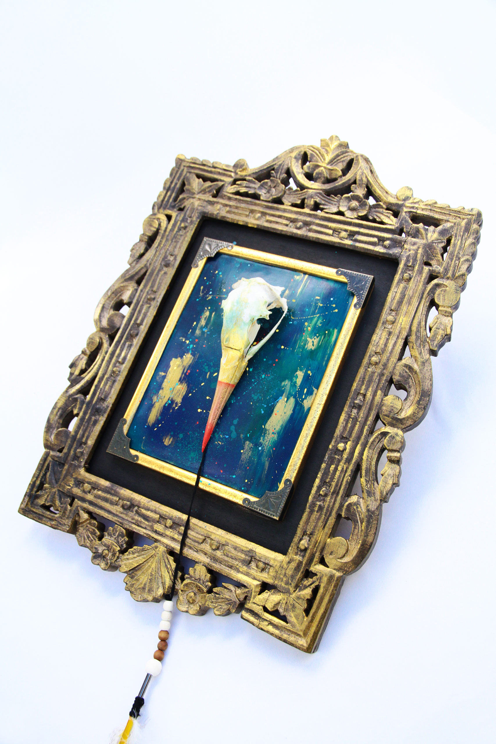 Miss Vitriol - Custom sur Crâne d'Oiseau